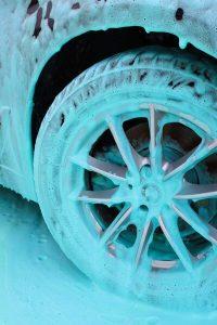 Koch Chemie – die neue Farbkonzentrat-Reihe für SB-Waschplätze
